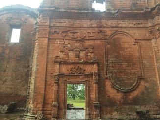 Paraguay: Encarnación et Trinidad